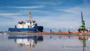 Unfall vor Sylt: Gestrandetes Vermessungsschiff nach Notreparatur wieder frei - DER SPIEGEL