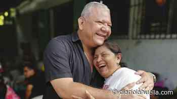 Habitantes de Sonzacate agradecen al alcalde Héctor Orellana por la entrega alimentos (Vídeo) - Diario La Huella