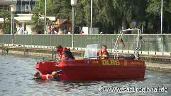 Polizei und DLRG trainieren Rettungsschwimmen am Maschsee in Hannover - Sat.1 Regional
