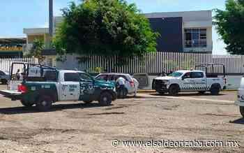 [Video] Policías detenidos de Paso del Macho pisan la Toma - El Sol de Orizaba