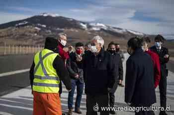 Presidente Piñera inspeccionó nueva ruta que une Puerto Natales con Parque Torres del Paine - Radio Agricultura
