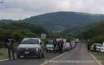Policías comunitarios de la Tecampanera bloquearon la carretera federal Iguala-Ciudad Altamirano - El Sol de Acapulco