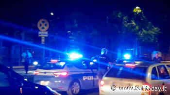 In giro di notte con una pistola e novemila euro in contanti: 30enne arrestato a Carbonara - baritoday.it