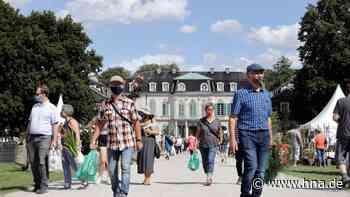 Calden: Gartenfest im Schlosspark Wilhelmsthal fand unter Corona-Bedingungen statt - hna.de
