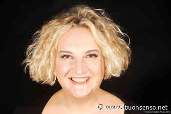 Maria Pia Timo in scena il 26 agosto alla Molinella: la comicità per raccontare i mesi di lockdown - Buonsenso@Faenza