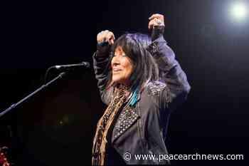 Buffy Sainte-Marie to headline virtual BC Indigenous music festival - Peace Arch News