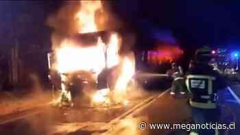 Incendio afectó a camión que transitaba entre Collipulli y Angol - Meganoticias