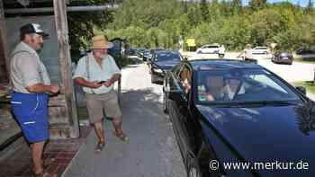 Jachenau: Chaotische Verhältnisse am Walchensee-Südufer - Wenn sogar der Mautposten kapituliert - Merkur.de