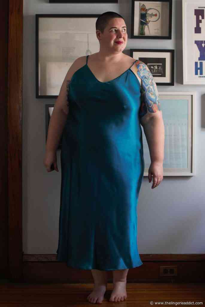 Review: Silk Loungewear for Small Plus Size Bodies