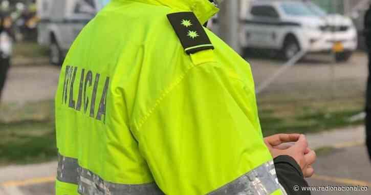 Abren investigación disciplinaria a policías que se habrían ido de fiesta en Ebéjico, Antioquia - http://www.radionacional.co/