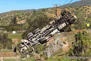 Camión de sondaje volcó en la ruta Los Vilos – Illapel - El Diario de Los Vilos