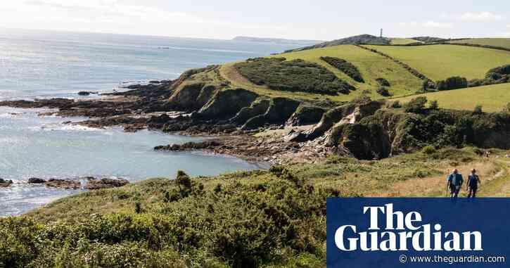 10 great UK coastal walks: readers' tips