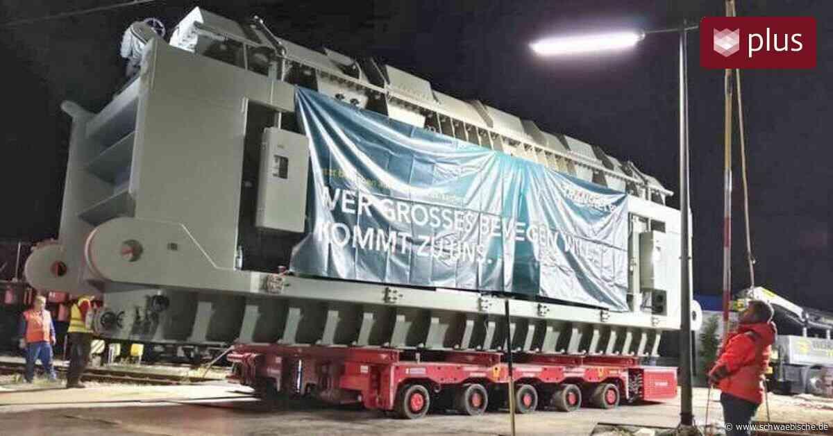 500-Tonnen-Trafo sorgt in Hergatz für Staunen - Schwäbische