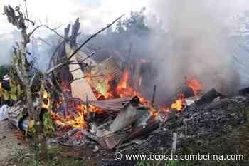Humilde familia de Falan quedó en la calle tras incendiarse su vivienda - Ecos del Combeima