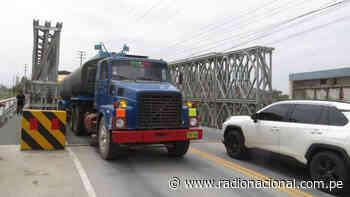 Reabren tránsito en el puente Coishco para el intercambio comercial con el norte - Radio Nacional del Perú