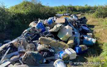 Poey-de-Lescar (64) : 15 mètres cubes de déchets déversés sur un chemin, le maire est furieux - Sud Ouest