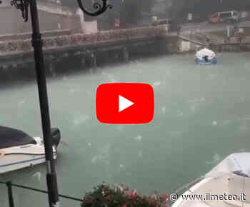Meteo CRONACA DIRETTA VIDEO: VENETO, Bombardamento di GRANDINE a Peschiera del Garda. Le IMMAGINI - iLMeteo.it