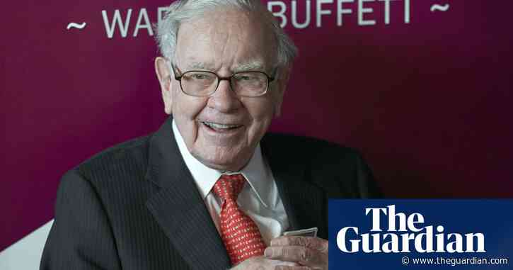 Warren Buffett invests $6bn in Japan's five biggest trading houses