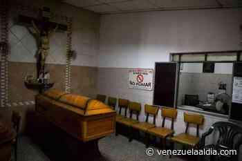En Tucacas mantuvieron a un cadáver con hielo mientras conseguían el dinero para enterrarlo - Venezuela Al Día