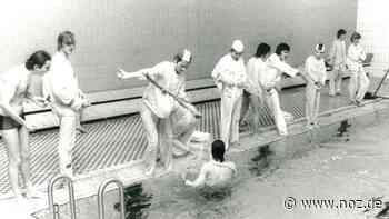 Foto von 1977: Nostalgie Ganderkesee: Spaß beim Rettungsschwimmen - noz.de - Neue Osnabrücker Zeitung