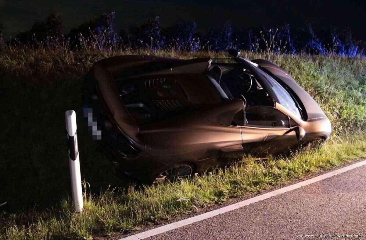 Unfall in Walheim - McLaren-Fahrer weicht Hasen aus – hoher Schaden - Stuttgarter Nachrichten