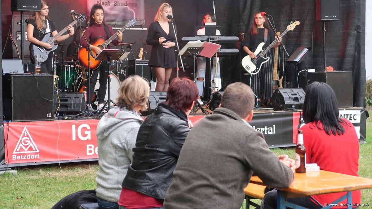 In Alsdorf gibt es Zugaben: The Diamonds funkeln musikalisch auf der Bühne - Rhein-Zeitung