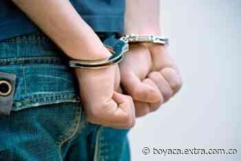 Capturan a conductor que portaba una licencia de conducción falsa en Tibasosa - Extra Boyacá