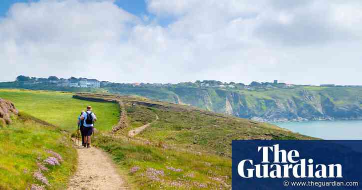 Send a tip on a favourite UK coastal walk to win a £200 holiday voucher