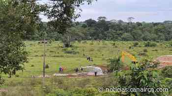 Ya son tres días de emergencia ambiental por derrame de naftalina en Acacías, Meta - Noticias RCN