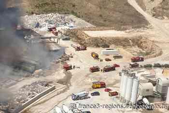 Un incendie brûle un entrepôt à la déchetterie de Pignan, près de Montpellier - France 3 Régions
