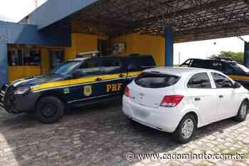 Veículo locado por Câmara de Vereadores de Porto Calvo é flagrado em viagem particular - Cada Minuto
