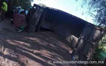 Chocan camiones de carga en Mixquiahuala - El Sol de Hidalgo