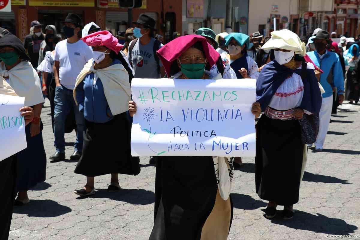 Ciudadanos protestaron en contra de la autoridad municipal en Cotacachi - Diario El Norte