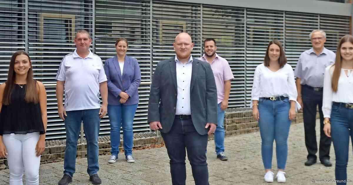 EinheitsgemeindeMorbach begrüßt neue Mitarbeiter - Trierischer Volksfreund