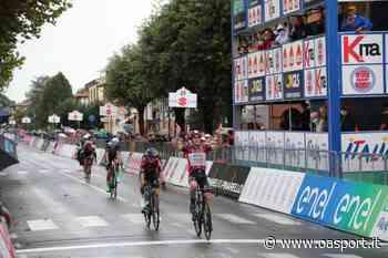 Giro d'Italia U23 2020: Colnaghi serve il bis a Mordano. Battuto uno scatenato Tom Pidcock - oasport.it