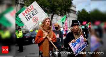 Environment activists blockade UK newspaper printing plants