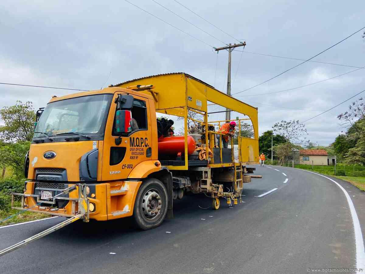 Culmina asfaltado de 1500 metros de calles en el distrito de Ayolas - digitalmisiones.com.py