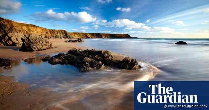 UK tourism hotspots extend their holiday season to lure more visitors