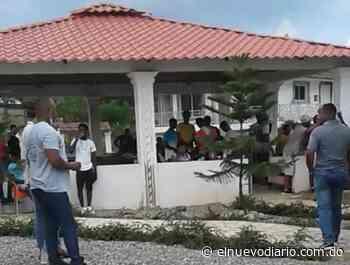Denuncian oficial de la PN en Yamasá mantiene abierto negocio de bebidas alcoholicas pese a prohibición - El Nuevo Diario (República Dominicana)