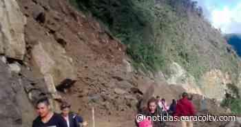 Habitantes de Inzá en Cauca permanecen incomunicados por deslizamientos de tierra en vías - caracoltv.com