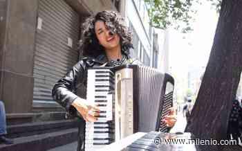 Flor Amargo se pone a cantar en las calles de San Miguel de Allende y le piden que se retire - Milenio