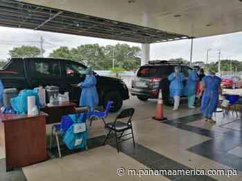 Más de 400 personas han utilizado el auto rápido de Dolega para vacunarse contra la i... - Panamá América