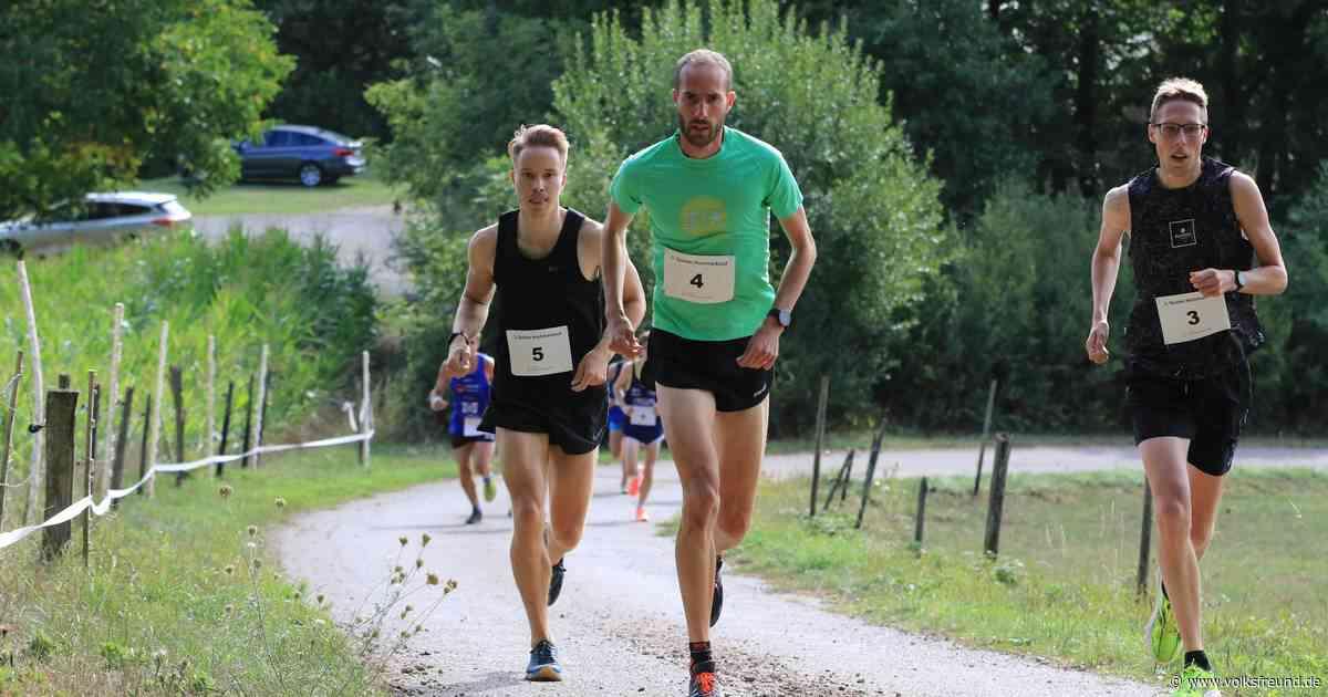 Lange Beine schnell beim Berglauf von Quint auf die Hochmark bei Kordel - Trierischer Volksfreund