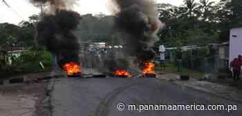 Moradores de Rivera del Río en Puerto Pilón en Colón protestan por mejoras... - Panamá América