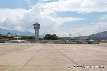Prueba de COVID será exigida en aeropuerto Olaya Herrera de Medellín, antes de viajar - La FM