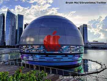World's first floating Apple store opens in Singapore
