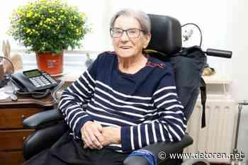 Honderd jarige mevrouw Buis - De Toren
