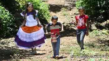 Niños del cantón El Aguacate, Sensuntepeque, se quedan con las ganas de estrenar sus instrumentos para la Banda de Paz - elsalvador.com