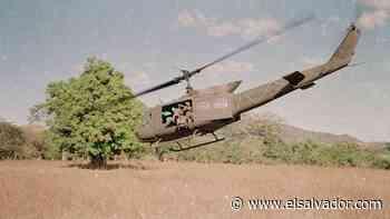 Imágenes del helicóptero derribado por el FMLN en Lolotique, el supuesto responsable fue capturado este martes | Noticias de El Salvador - elsalvador.com