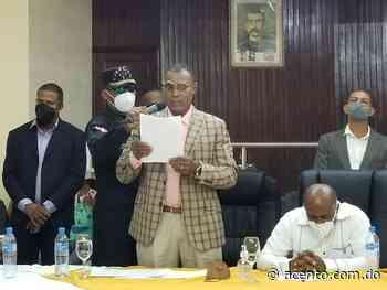 Renuncia regidor del PRM en Yamasá al ser designado como director por Fodearte - Acento